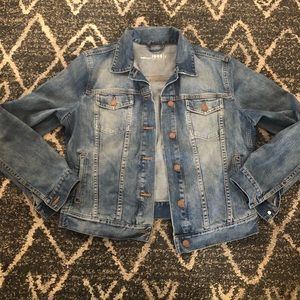 Gap 1969 maternity jean jacket